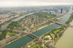 Sightseeing-Tour-Rundflug-Wien-Region-Niederösterreich-Hubschrauberflug-Hubschrauberrundflug-Helikopter-Panoramaflug-Aerial 2